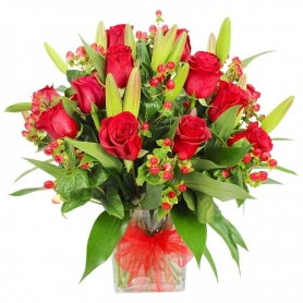 Florero de 12 Rosas Rojas y 10 Liliums Rojos